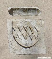 chapelle sainte-Radegonde blason de la famille Rochechouard Route de Bouresse