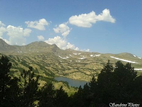 Etangs de Camporells, Font-Romeu, Pyrénées orientales, Névés au sommet des montagnes (15)