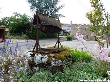 La Rigaudière de Villemblée-Le puits Bouresse, Poitou-Charentes