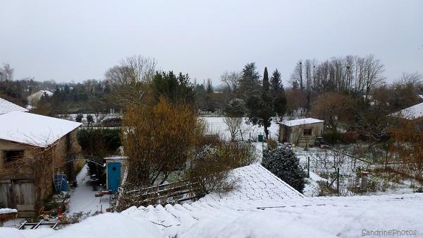 Neige, Journée de neige dans le Poitou, Hiver, Winter time, a snowing day in Bouresse, 18 janvier 2013